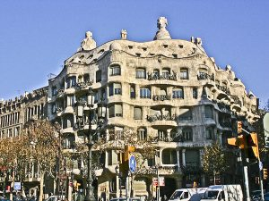 following-footsteps-genius-secret-barcelona-of-gaudi-3