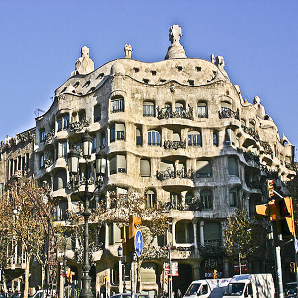 following-footsteps-genius-secret-barcelona-of-gaudi
